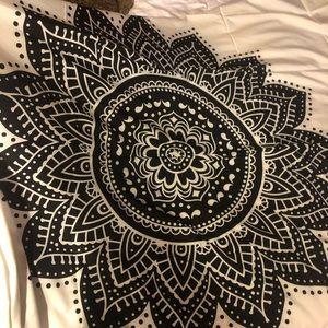 Mandala Flower Tapestry NWT